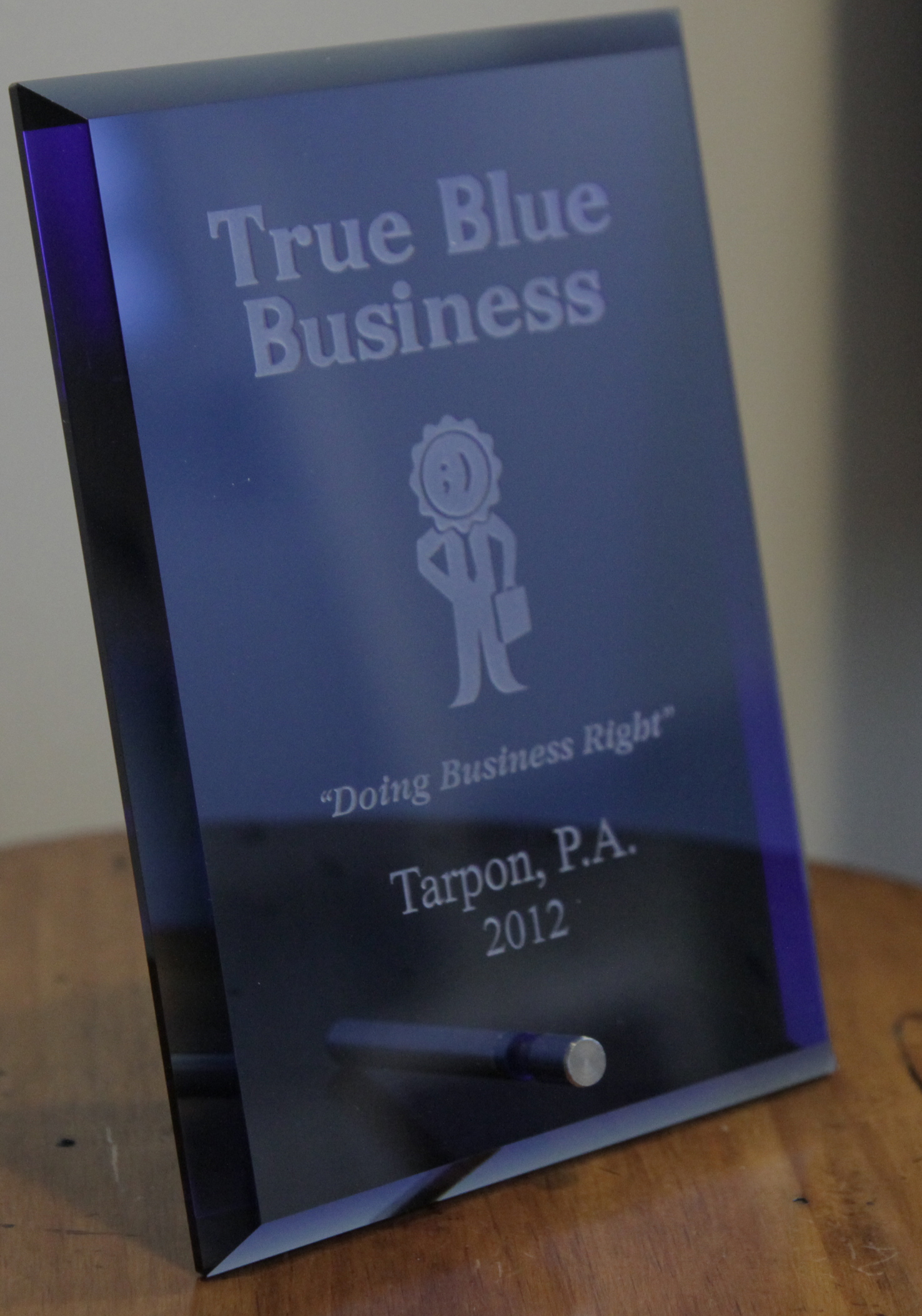 cropped true blue award Tarpon