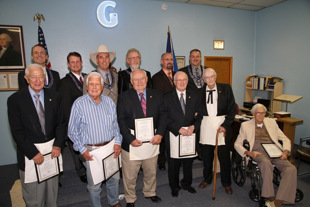 East Trinity Lodge recognizes members for years of dedicated service