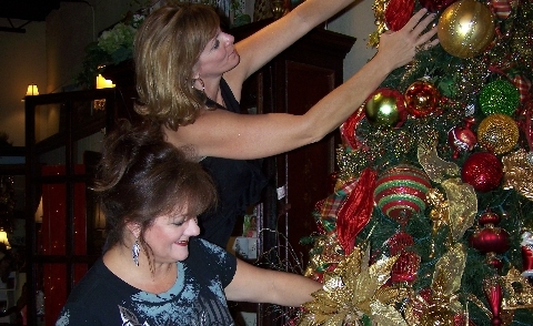 Festival of Trees underway, benefiting Helping Hands
