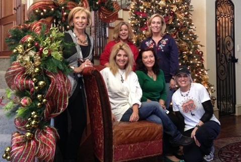 Rockwall Women's League elves decorate local home