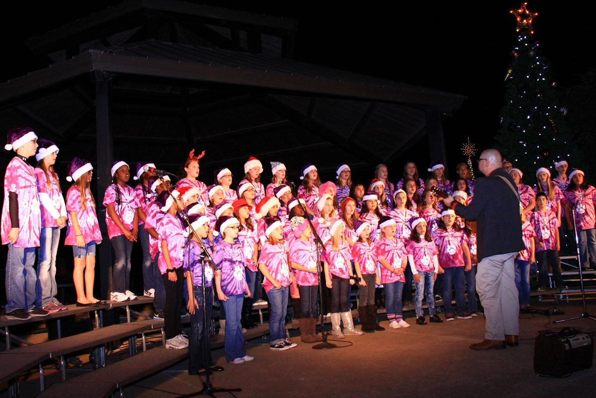 city-of-heath-holiday-in-the-park-PullenChoir-1200-x-800-WEB