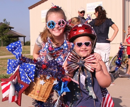 Veterans invited to ride on special float in Heath parade