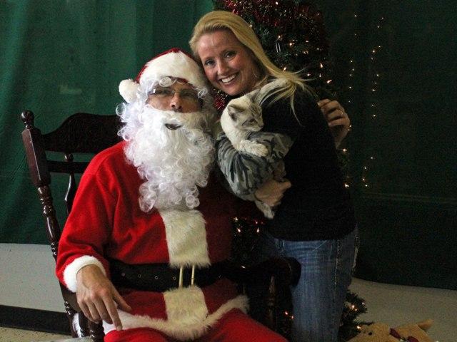 Photos with Santa at Rockwall Petco Saturday