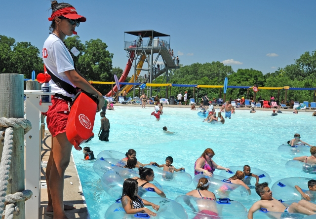Hawaiian Falls Christmas Blessings accepting nominations