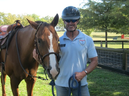 Equest Hooves for Heroes counselor wins Congressional Veteran Commendation