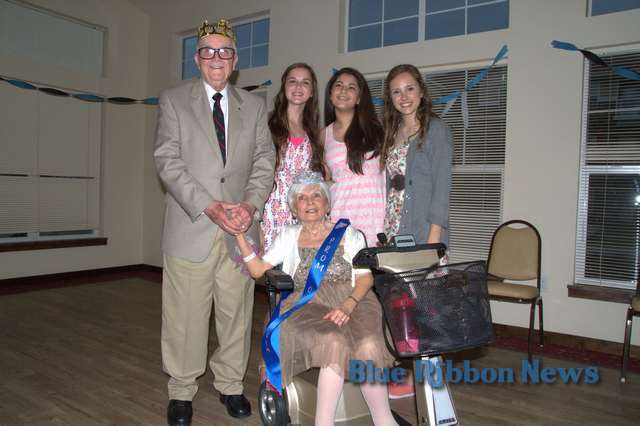 Rockwall High School Key Club treats Liberty Heights residents to Prom