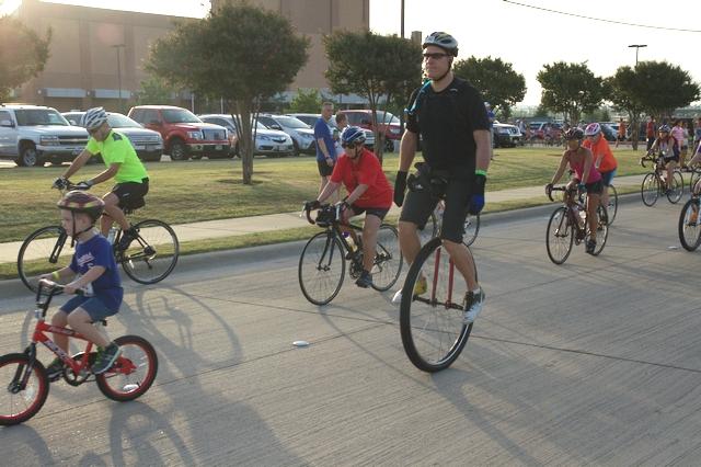 Family fun at Rockwall Rotary's Hot Rocks Bike Ride