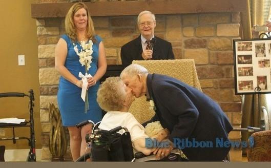 Rock Ridge couple renews wedding vows after 71 years