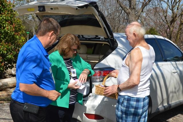 Volunteers from Texas Health Presbyterian Hospital Rockwall join the