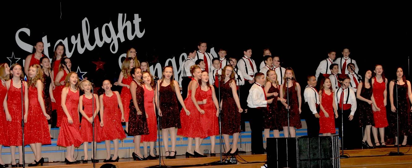 Amy Parks Starlight Singers honor military veterans with USO show