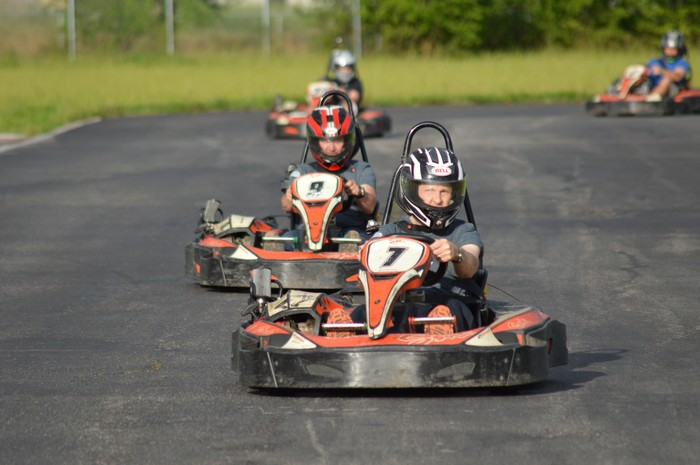 Racing to support college scholarships