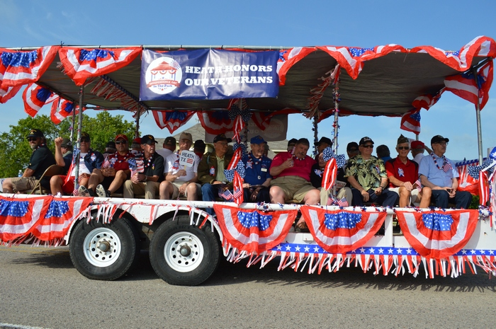 Veterans invited to ride in special float at Heath's July 4th parade