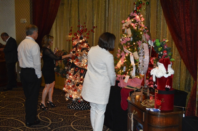 Festival of Trees returns with boutique sale, style show, gala