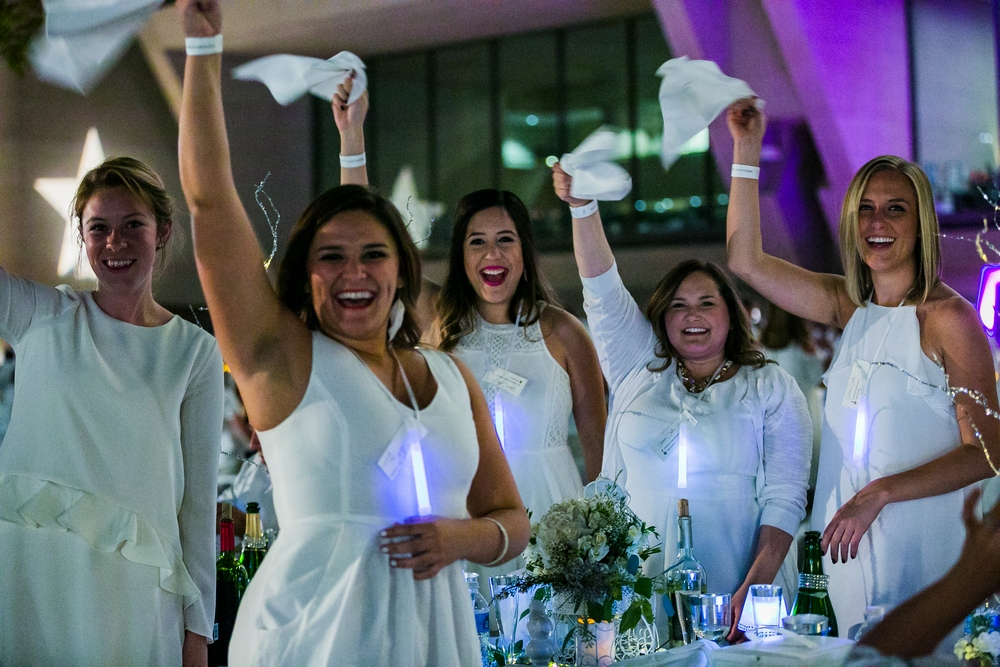 Thousands to attend Le Diner en Blanc pop-up dinner party Oct. 6