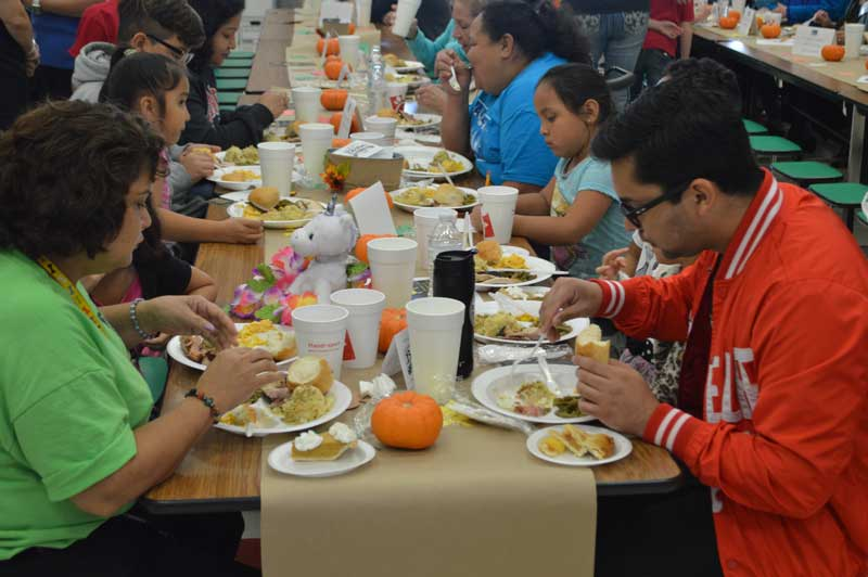 Community meal brings Thanksgiving to hundreds of local families