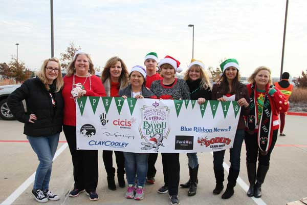 Rockwall Women's League gives back