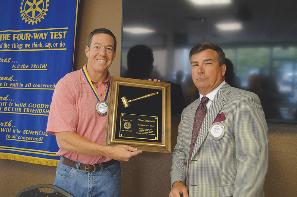 Rockwall Noon Rotary honors past president, Rotarian of the Year, and inducts new officers