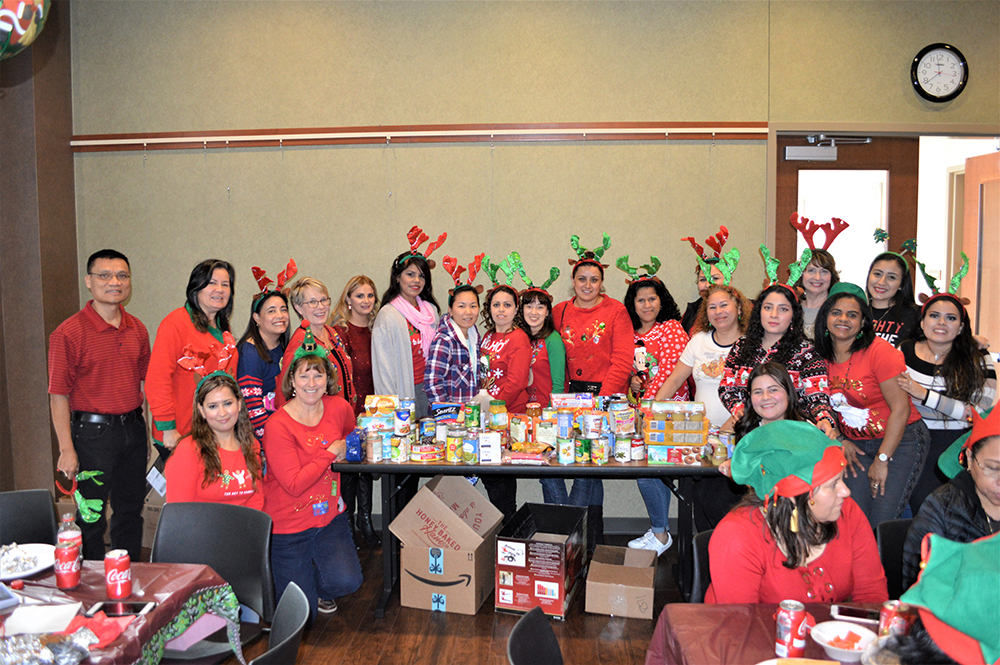 ESL Students Collect Food for Helping Hands
