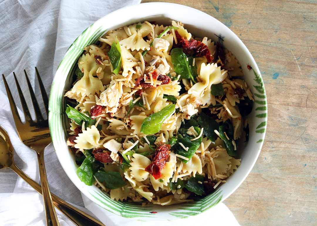 Cooking with Ease: Sun-dried Tomato Pasta Salad