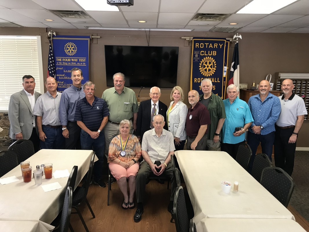 Rockwall Noon Rotary Inducts New Officers, Honors Rotarian of the Year