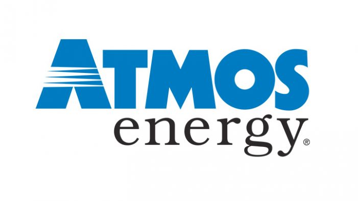 Atmos Energy workers enhancing public safety protocols, wearing face masks