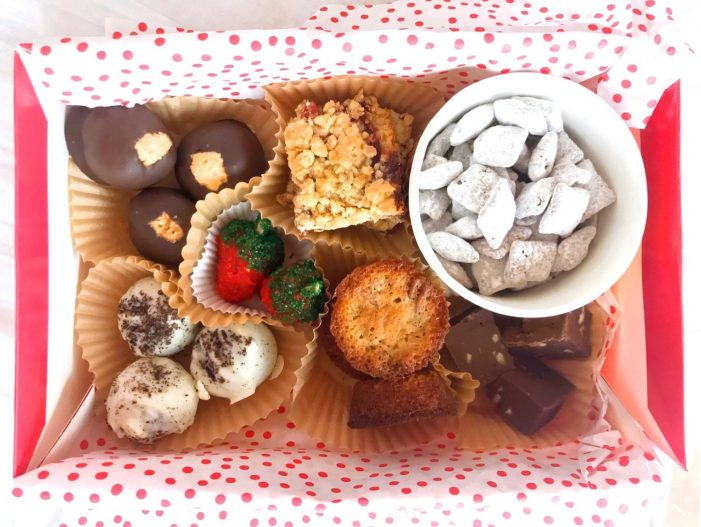 Cooking with Ease: Holiday Treat Boxes & DIY Party
