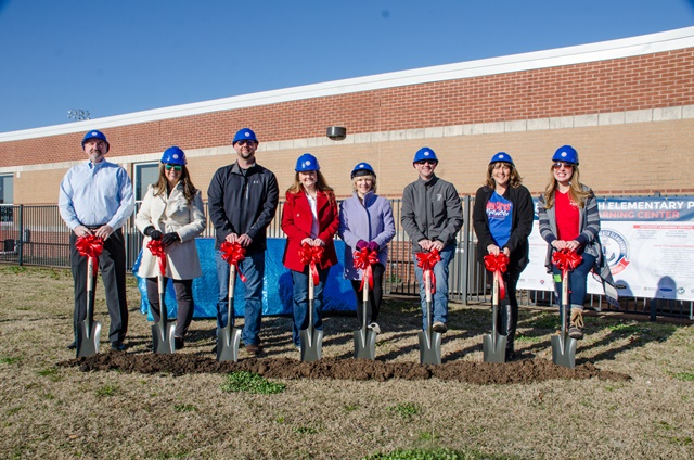 Amy Parks Heath Elementary breaks ground on Outdoor Learning Center