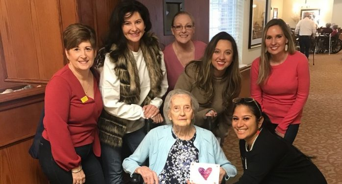 Rockwall Women's League delivers Valentines to seniors