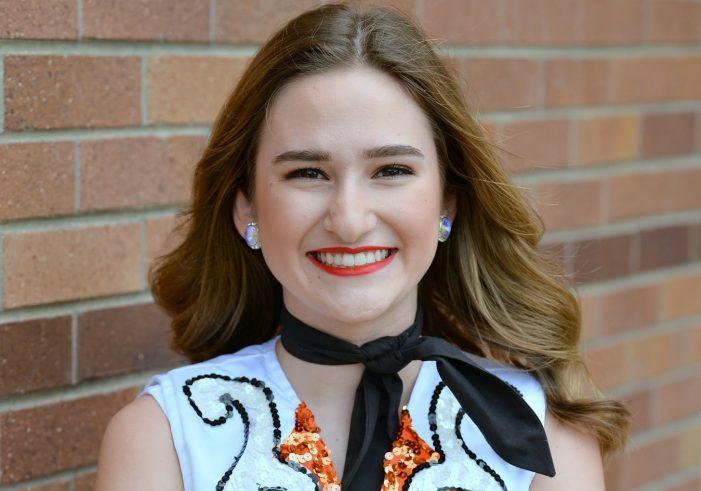 Stingerette Senior Showcase: Lainey Crawford