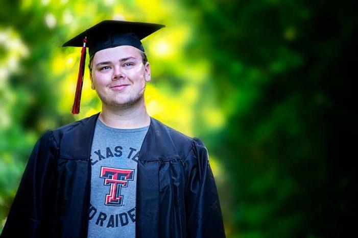 Blue Ribbon News Senior Spotlight: Ryan Halpin, Rockwall-Heath High School