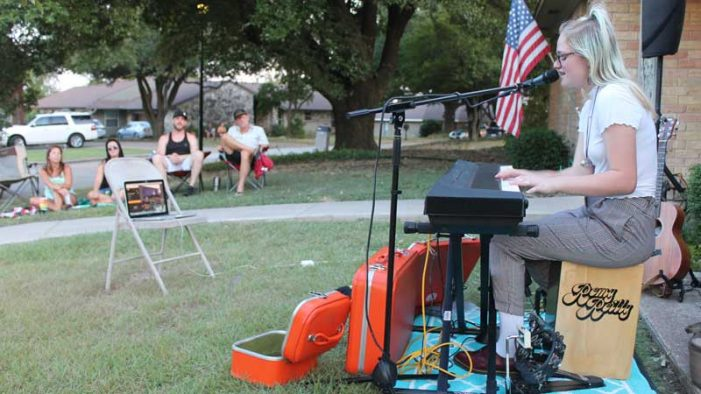 Lawn concerts a win-win for community and artists during COVID-19 pandemic