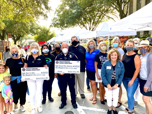 Rockwall Farmers Market gives back to Meals on Wheels, police department