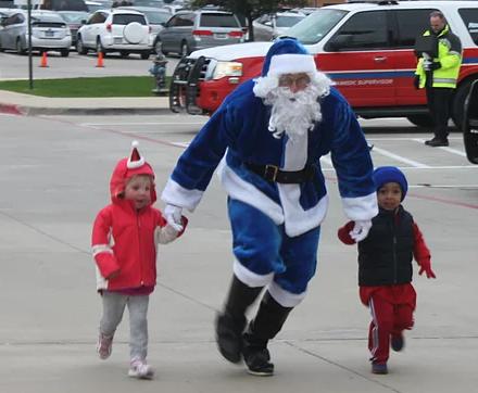 Families welcome at Santa Cops 4 Kids 5K, Fun Run & Santa Chase in Rockwall