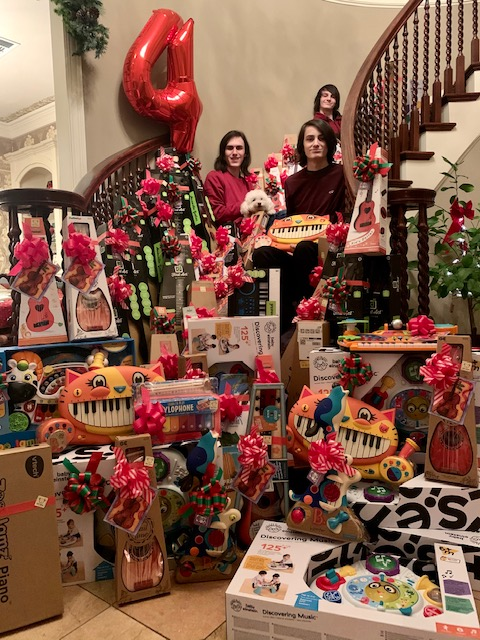 COVID restrictions give Rockwall-Heath family's annual teddy bear project a 'noteworthy' spin