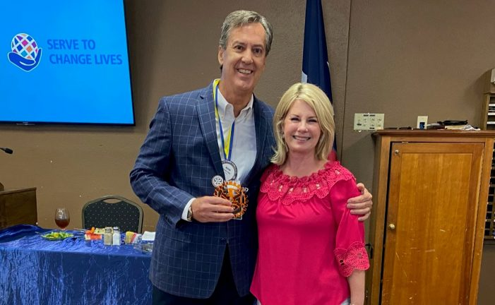 Rockwall Rotarians present awards, install new officers and directors