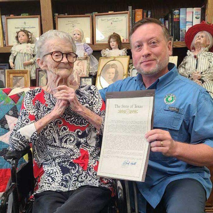 Heath senior citizen celebrates 91 years of living, gets recognized by Texas State Senator Bob Hall