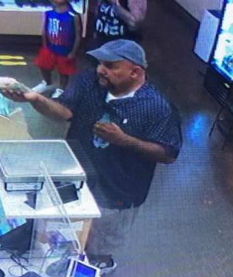 Rockwall police seek help in identifying theft suspect at Harbor business