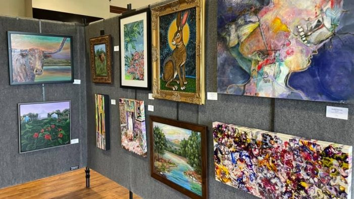 Art lovers drawn to Rockwall Art League's Show & Sale